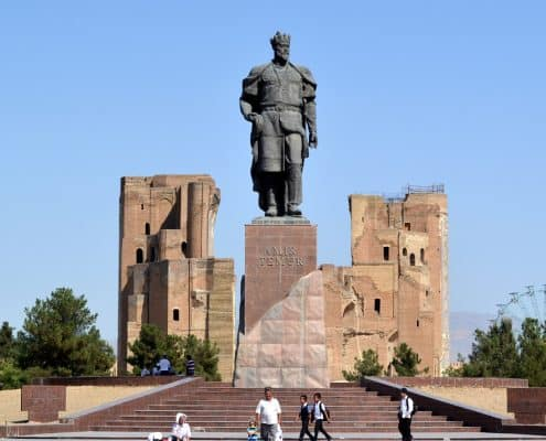 Timur statue i Usbekistan