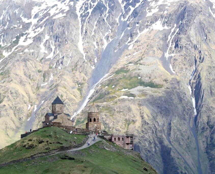 Gergeti Sameba Georgienrejser i Kaukasus