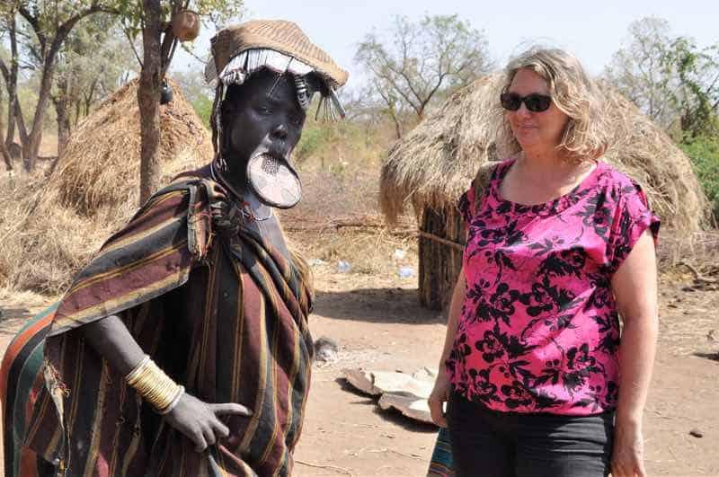 Rejseleder i Etiopien hos Mursifolket