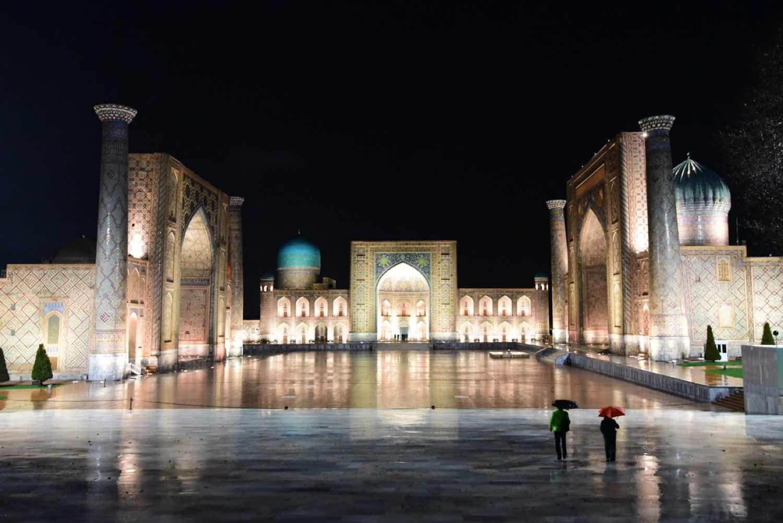 Registan-pladsen på rejser til Usbekistan