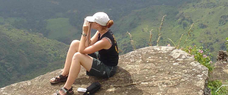 Turist i naturen på rejser til Sri Lanka