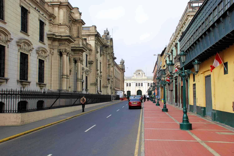 Berømt gade på rejse til Peru