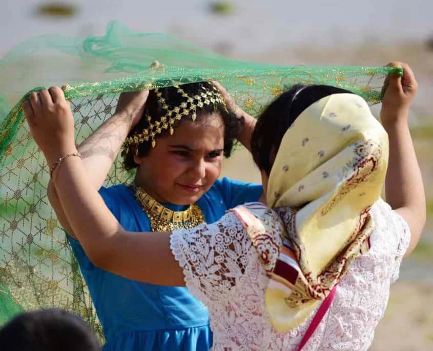 To piger på vores rejse til den Persiske Golf