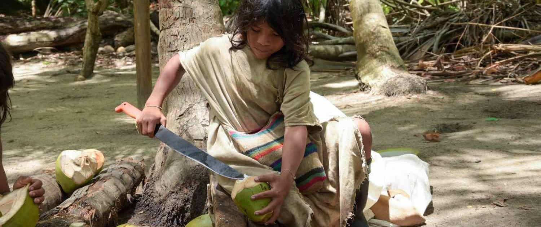 Barn forbereder frugt