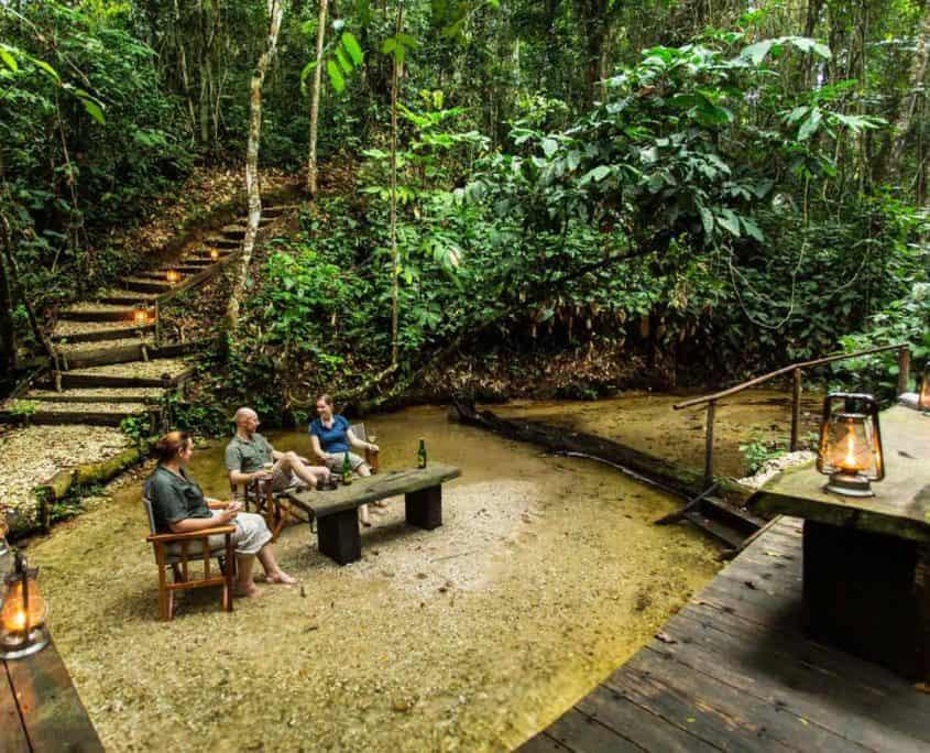 Turister i Odzala Discovery Camp i Congo
