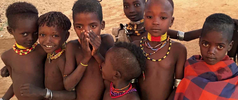 stammefolk i omodalen på rejser til Etiopien