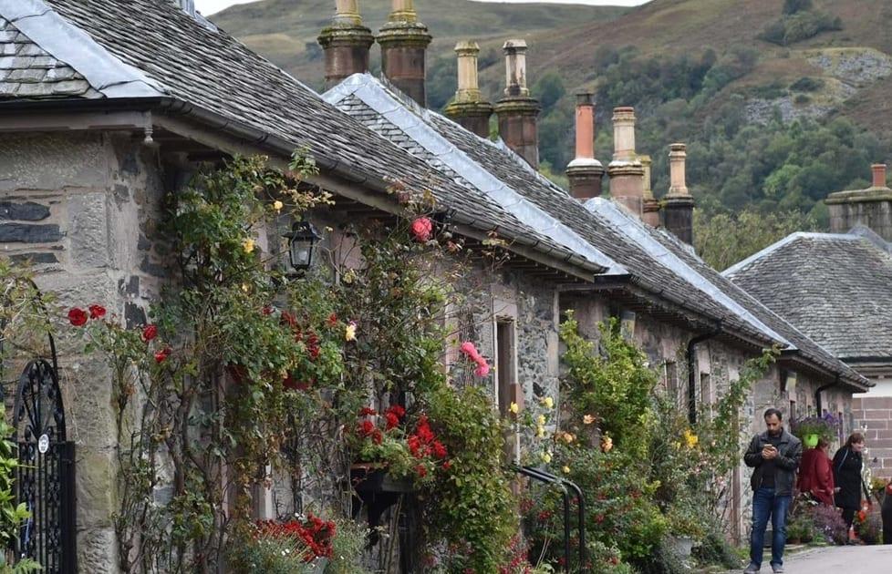 Hyggelig gade i Skotland
