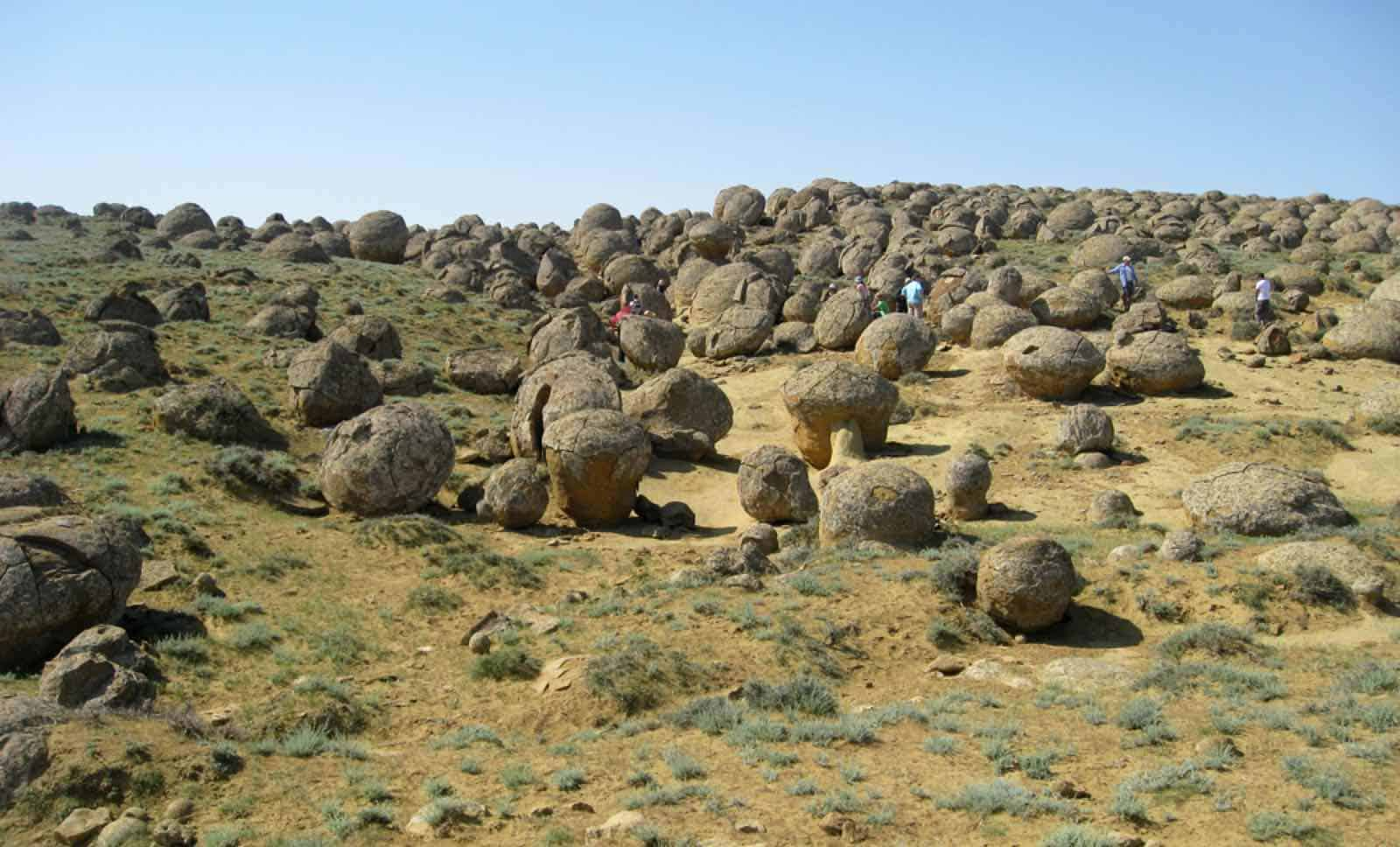 Kasakhstan - Aktau - The Valley of Balls