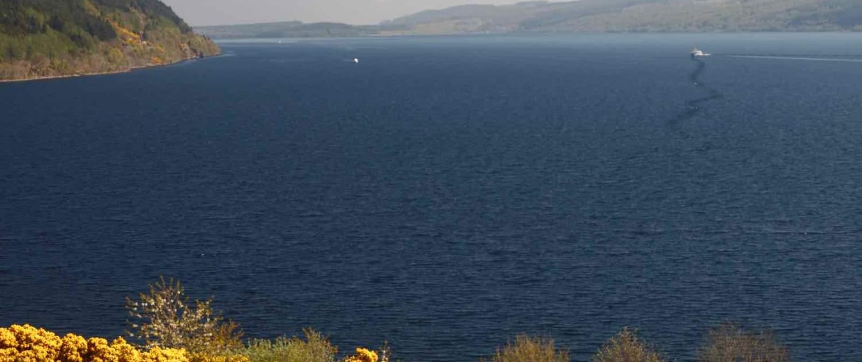 Loch Ness i Skotland