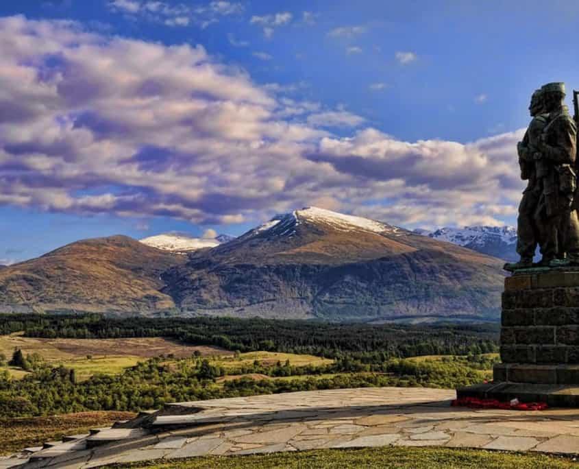 Commando memorial I Skotland